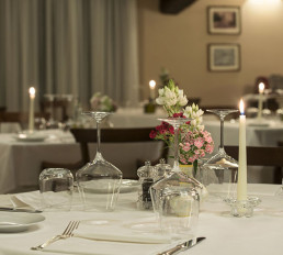 Hotel Relais Osteria dell'Orcia / gallery / Calici al ristorante